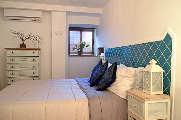Blue bedroom - Holiday Apartment rental, San Felice Circeo, Italy